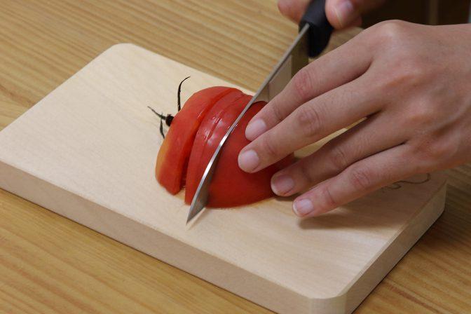 木のまな板は刃こぼれしにくい