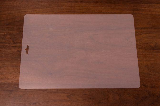 ② 薄いシート状のプラスチック製まな板